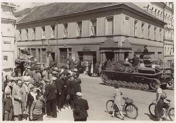 Vilnius, J. Basanavičiaus g. 1, sena nuotrauka