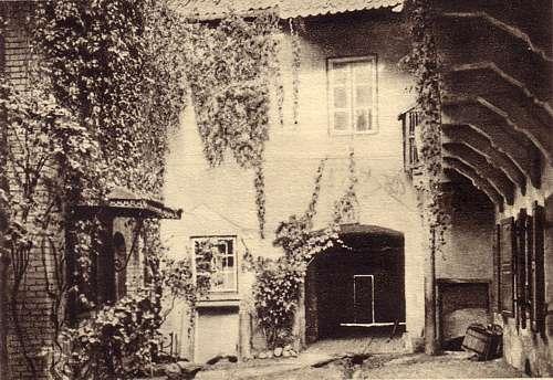 Vilnius, Bernardinų g. 11, sena nuotrauka